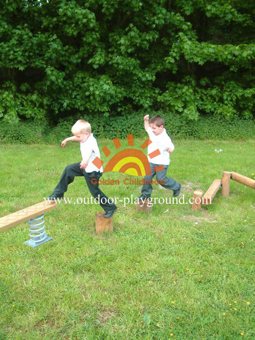 log beam balancing playground