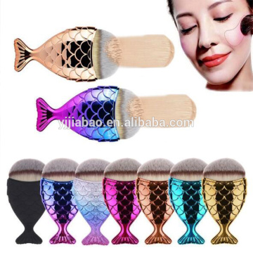 Electroplated heart-shaped base brush