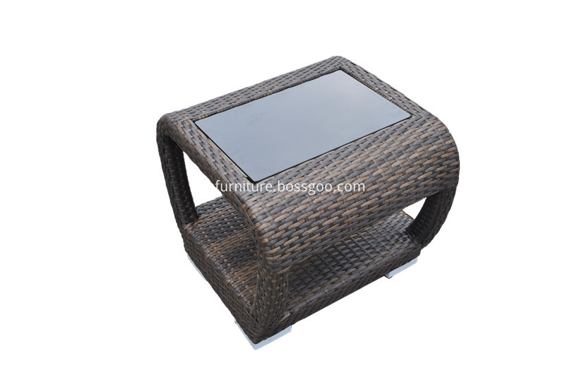 S0095 Wicker End Table
