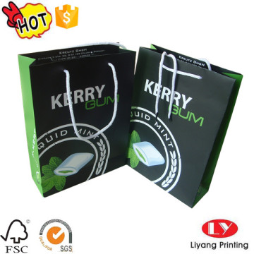 Black paper shopping packaging bag with handle