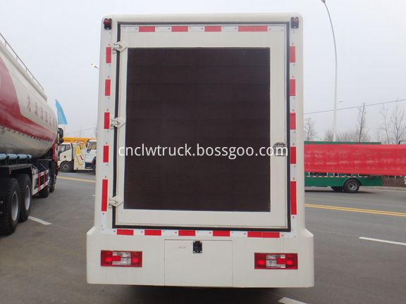 Outdoor Advertising Truck 3