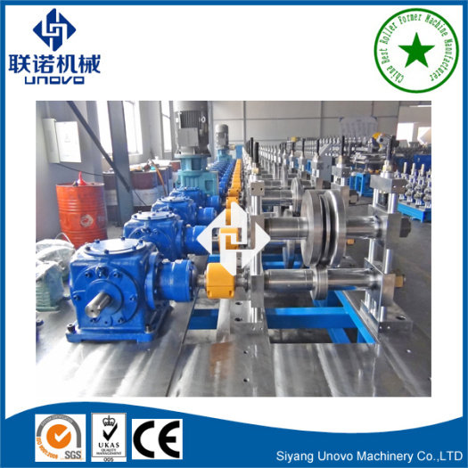 Metal strut channel cold rolling machine