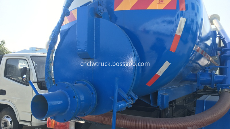 sludge suction truck 4