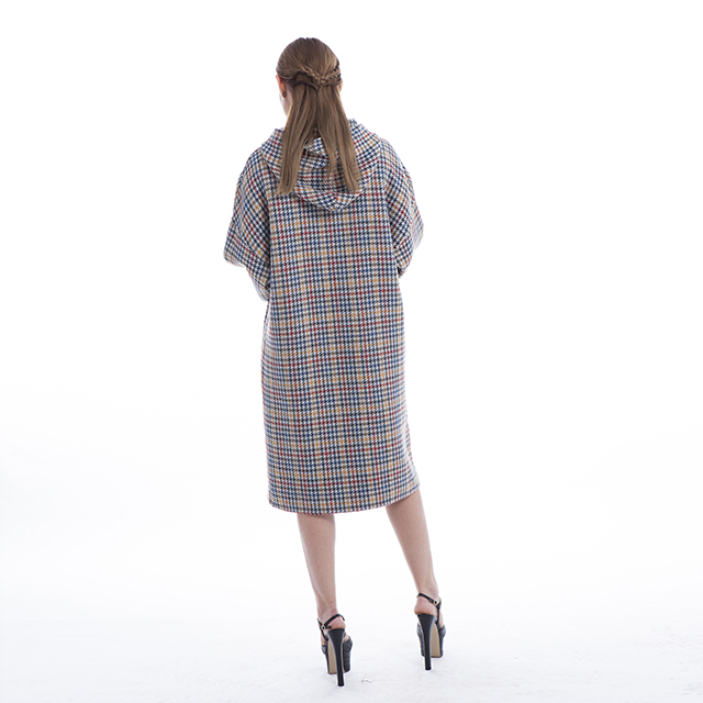 Fine cashmere plaid coat