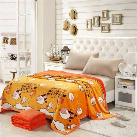 Super soft fleece blanket in heavy weight 300gsm