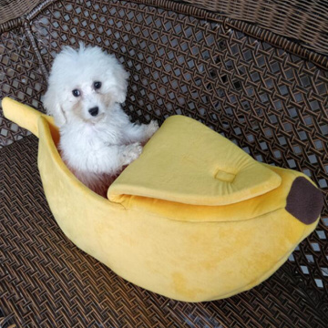 Creative dog cat litter banana shape winter warm