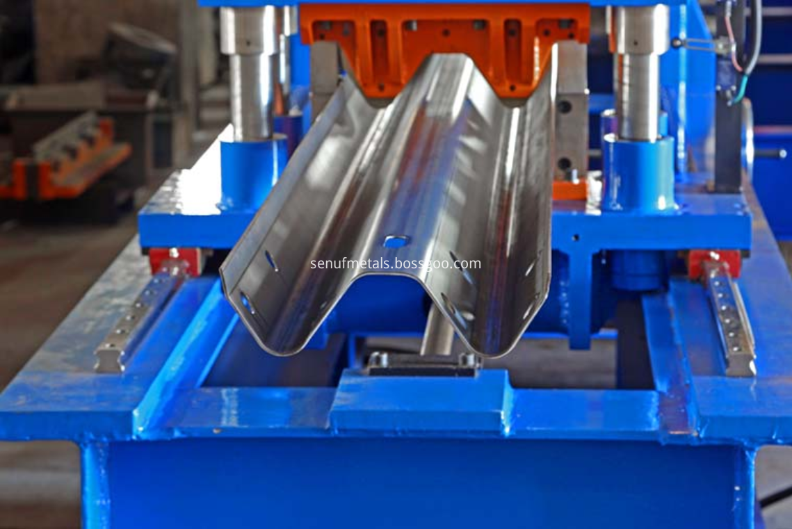 highway guardrail forming machine cutter