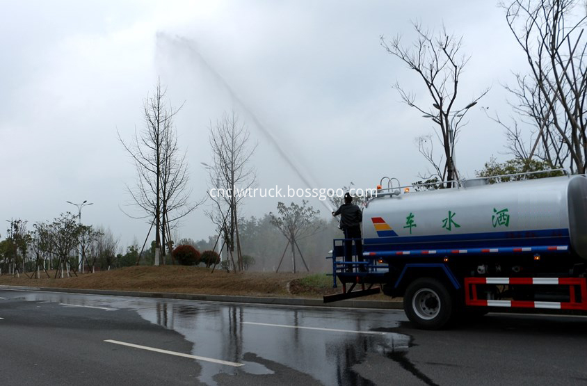 water carrying truck in action 4