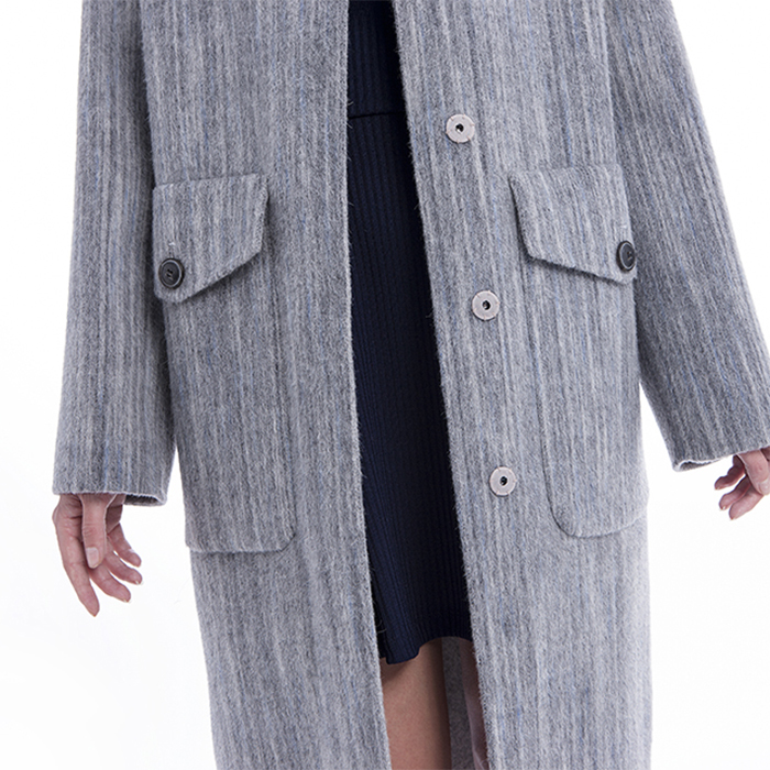 Fashionable light grey cashmere overcoat front