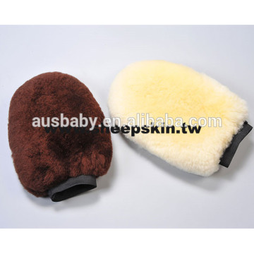 High quality Merino sheepskin horse grooming gloves