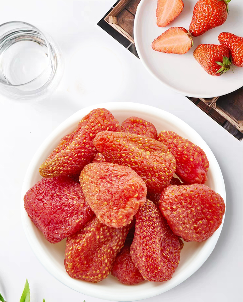 Granules Strawberry Snack