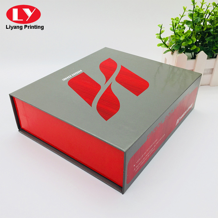 Collapsible Magnetic Box