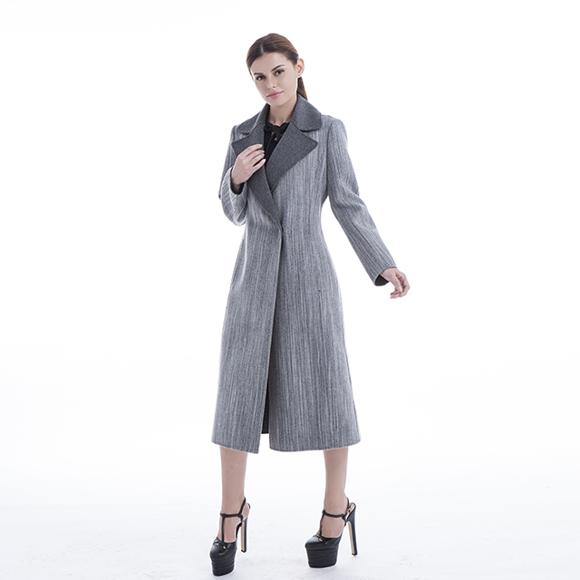 Slim European cashmere coat