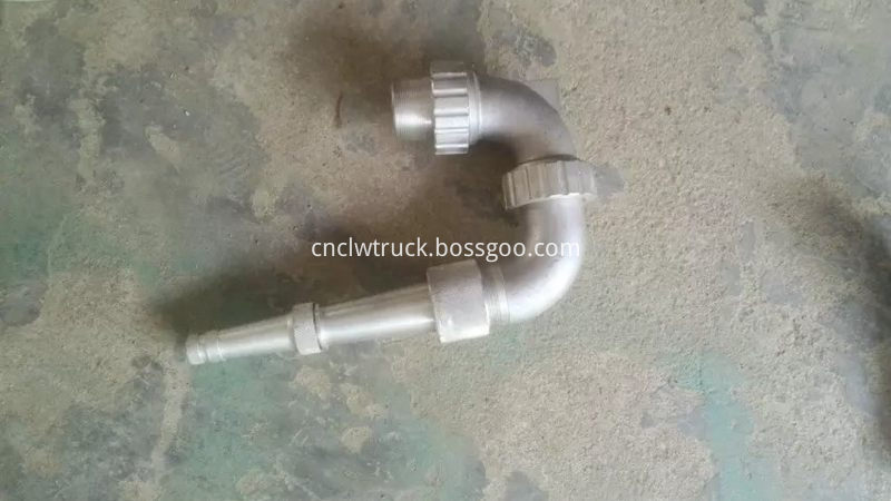 multi-way spray nozzles