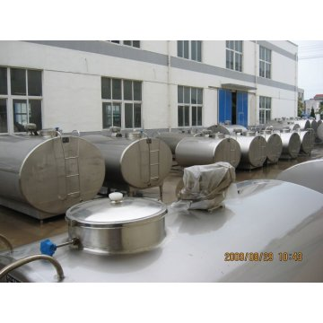 Dairy cow milk tanks