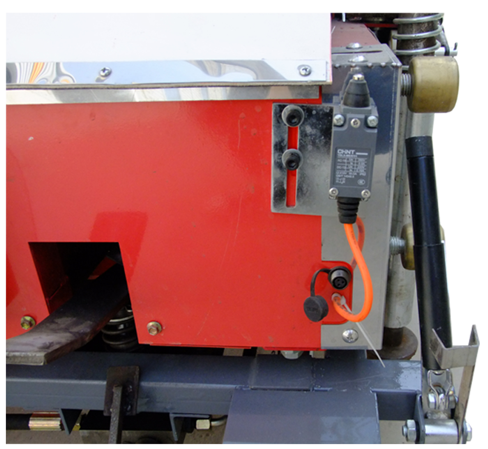 Automatic wall render plastering machine