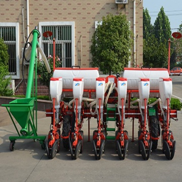 6 rows pneumatic precision planter