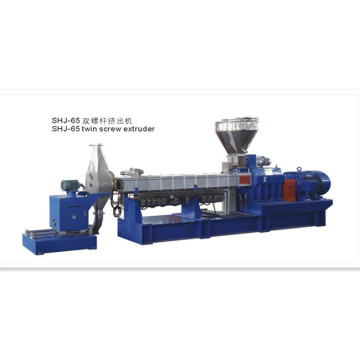 Co-rotating Parallel Twin Screw WPC Extruder Machine