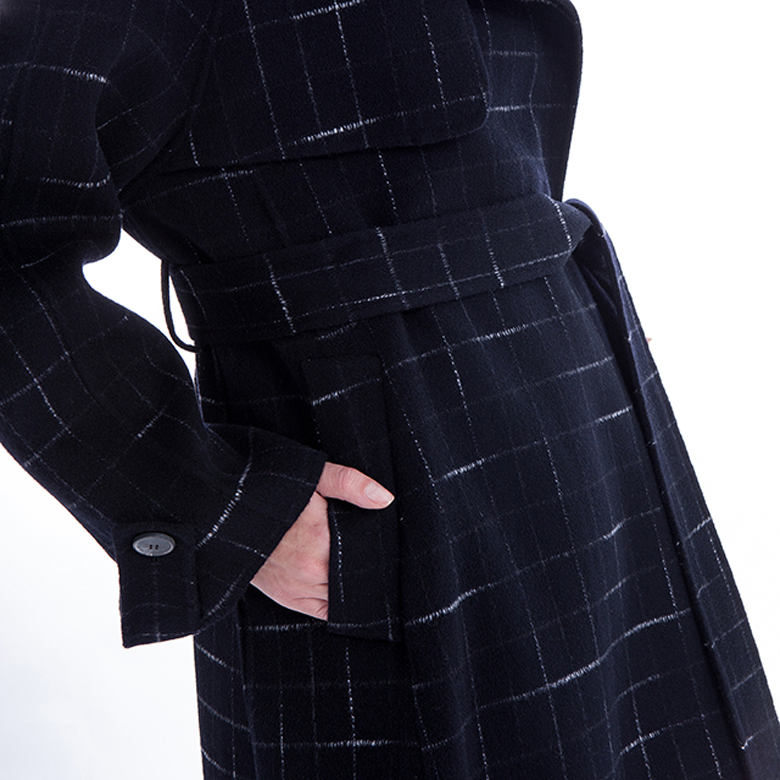 Sleeves of cashmere overcoat with belt
