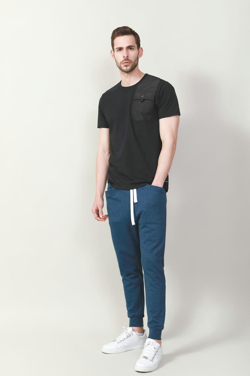 Men's cotton poly jersey with woven pocket details