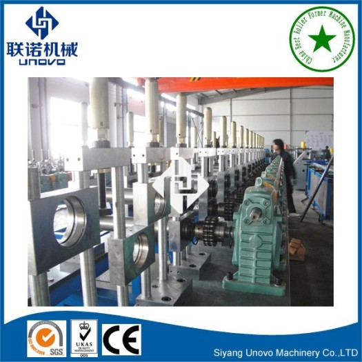 Industrial warehouse storage racking roll forming machine