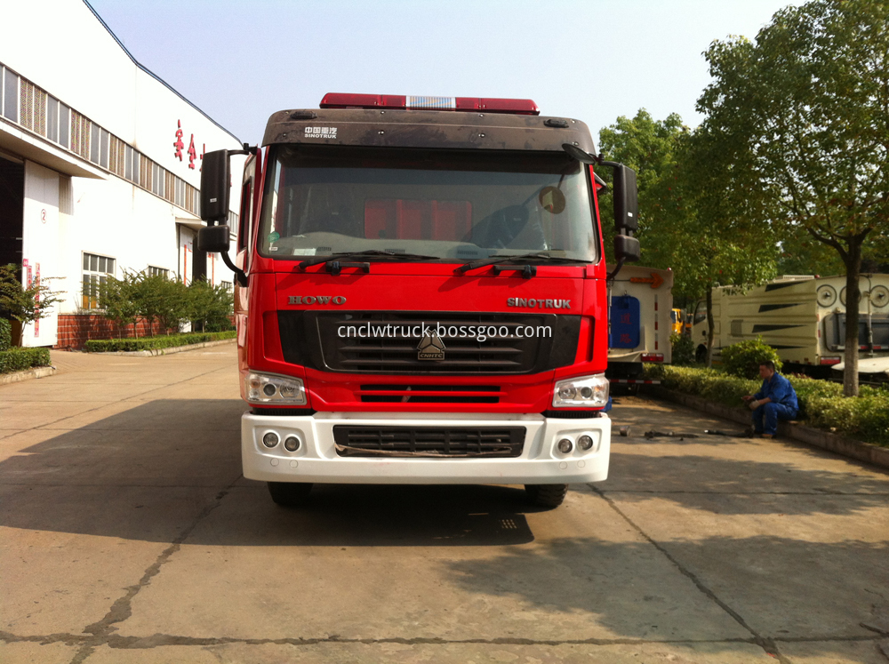 powder fire fighting truck 1