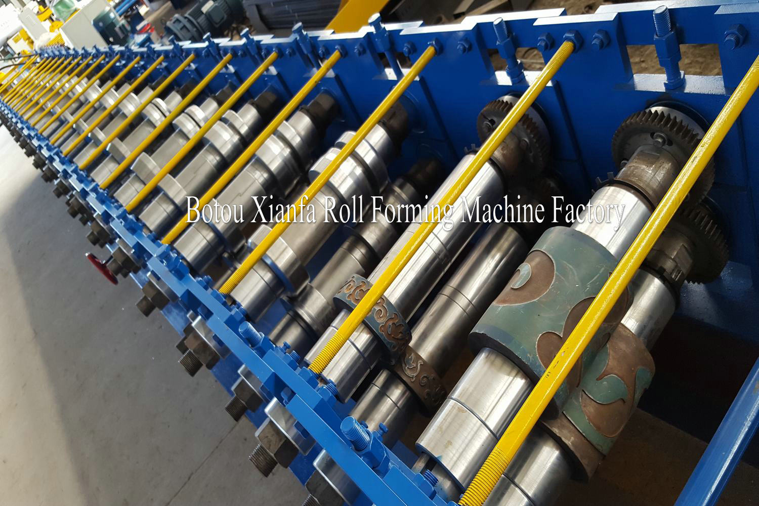 steel door roll forming machinery