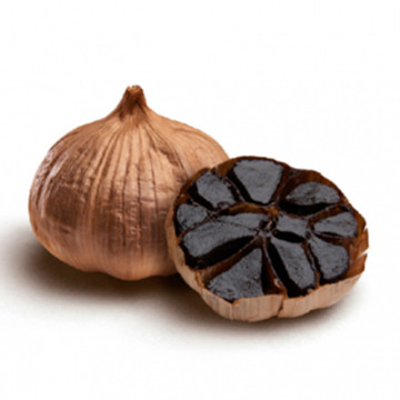 unpeeled whole Black garlic without allicin