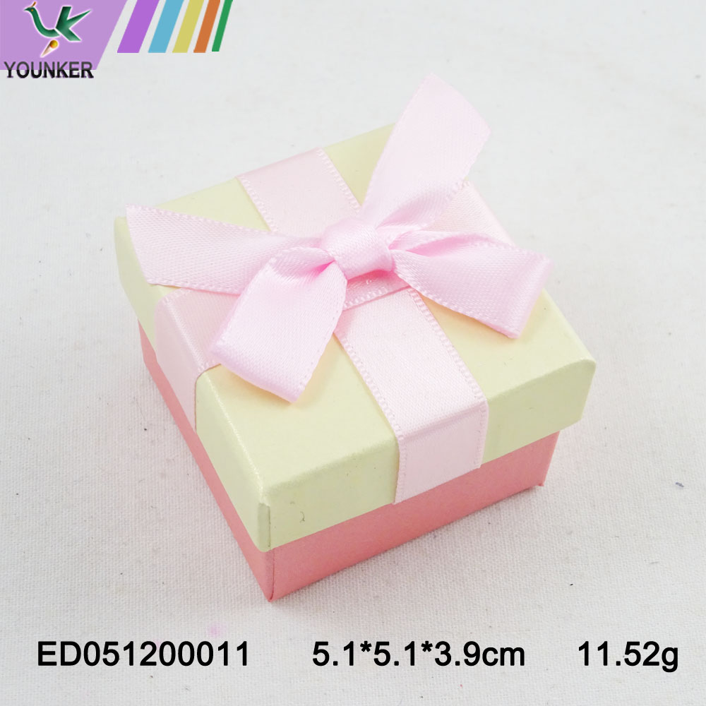 Elegant Ribbon Ring Boxes 007