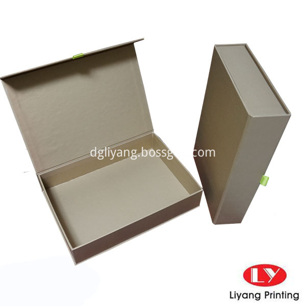 gold color gift box 6