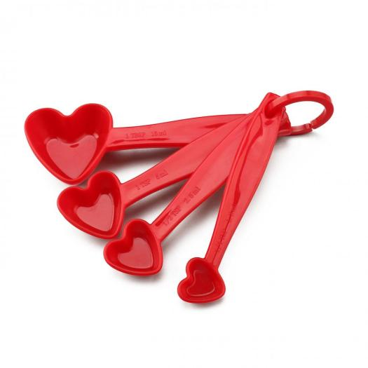 Plastic Heart Shaped Measuring Spoons