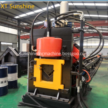Angle iron punching machine_1