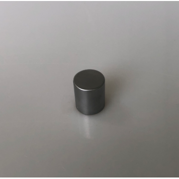 Round zinc cap with magnet function