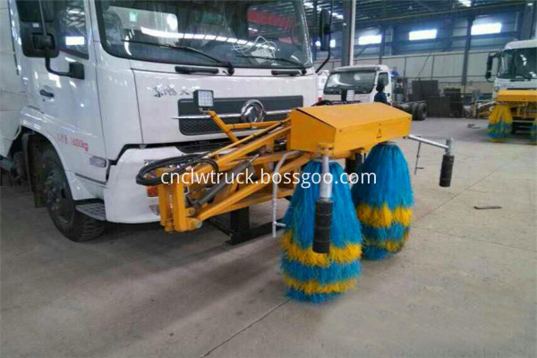 road sweeper truck manufacturers 8