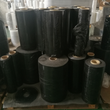 Black stretch film cast jumbo roll