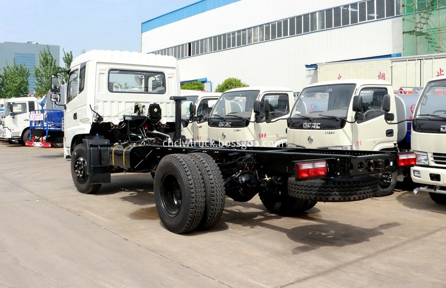 plant watering truck chassis 3