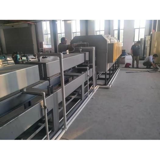 Bright quenching heat treatment furnace