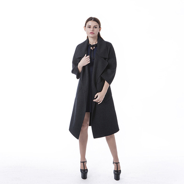 Fashionable black cashmere overcoat