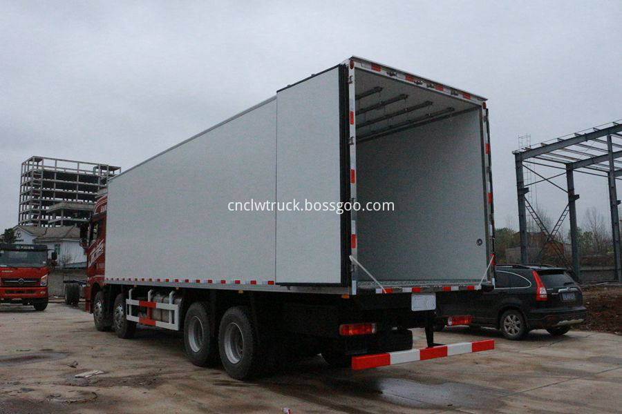 refrigerated trucks for sale 3