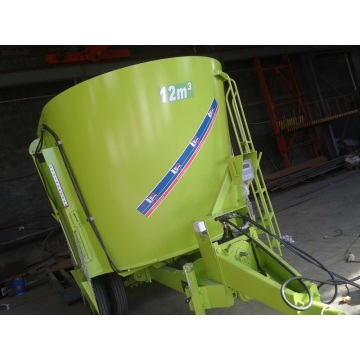 TMR feeding mixer wagon
