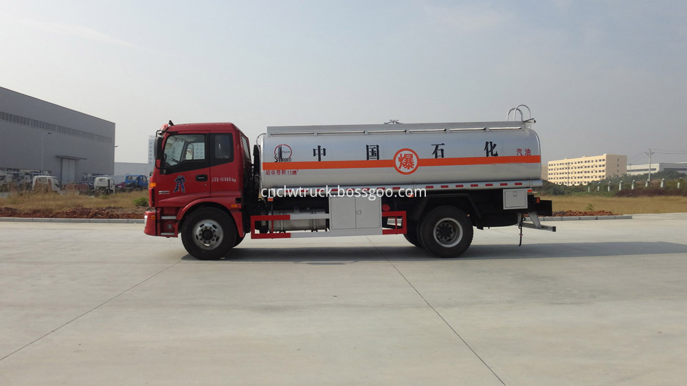 mobile fuel refueling trucks 6