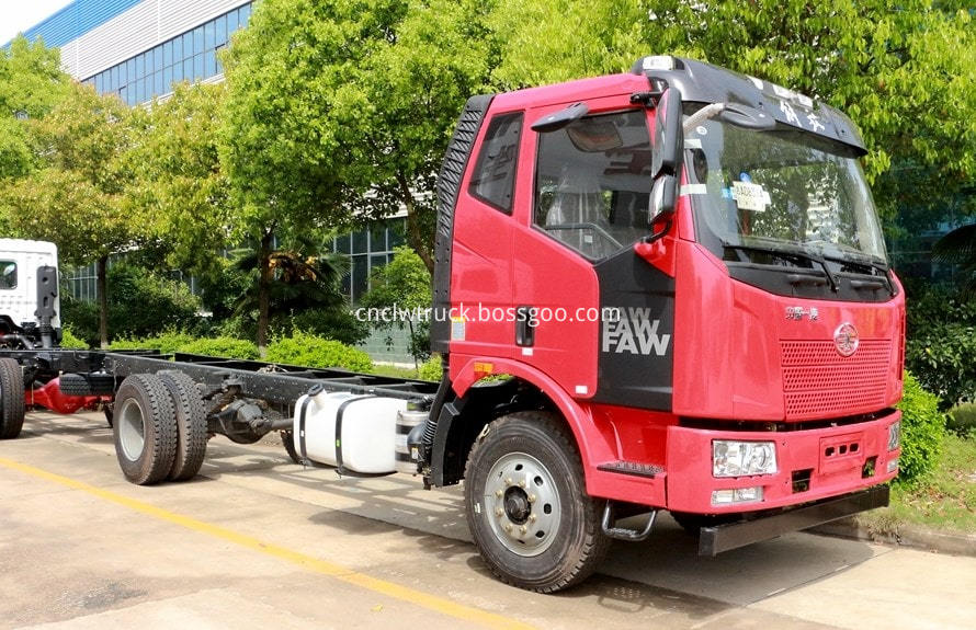 12000 liter water truck chassis 1