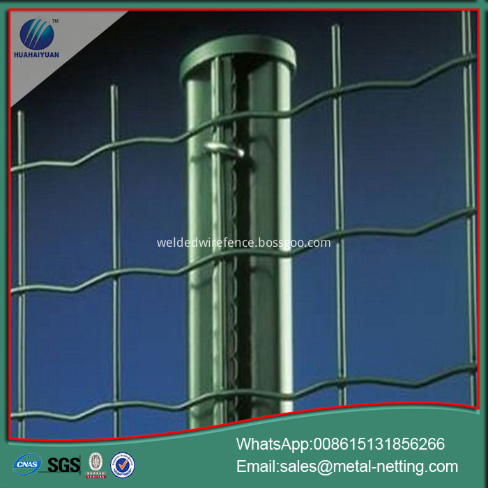 welded roll fence