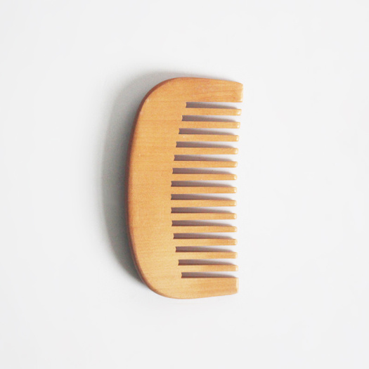 Natural Wood Comb Green Products