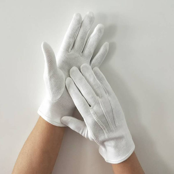 Gripper Dots Gloves for Waiters