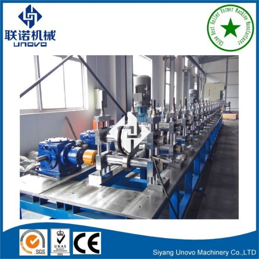 Photovoltaic solar panel rack cold rolling machine