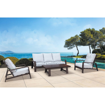 Good quality Outdoor furniture table and chairs