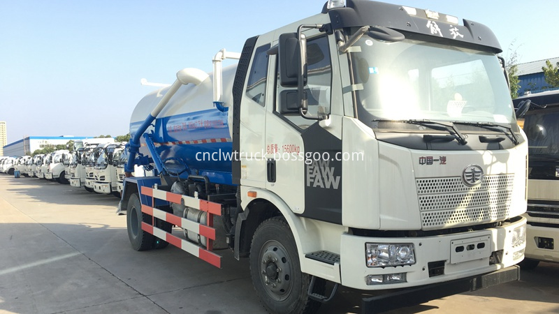 sludge suction truck