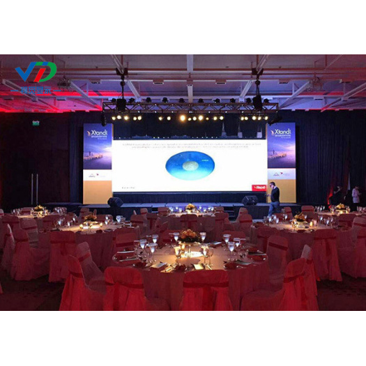 PH6 Indoor Mobile LED Display with 576x576mm