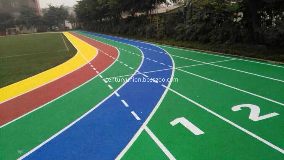 Plastic track surface construction